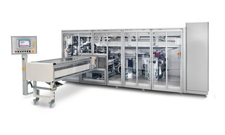 Machine de conditionnement OPTIMA WWM5 - Emballeuse de lingettes humides